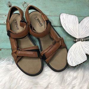 TEVA Sandals m 7 Waterproof Leather Hook Loop